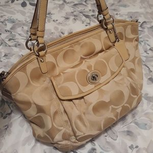 Authentic Coach Leah Tote 13139